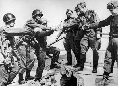 25 апреля 1945 года - встреча на Эльбе
