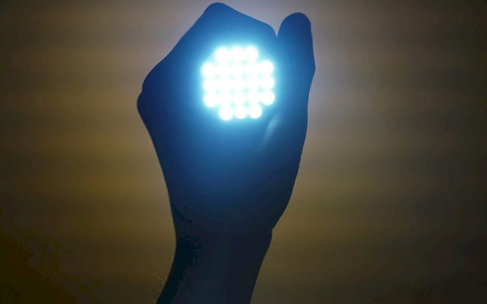 flashlight-2728582_1920_p74706